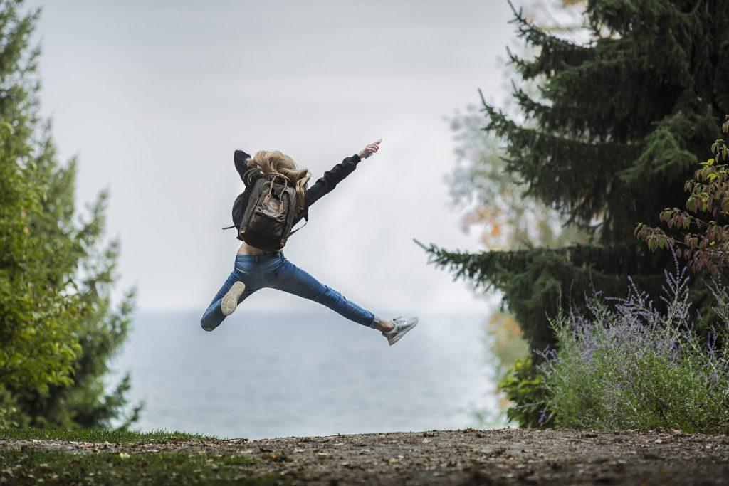 adolescent heureux bonheur avenir